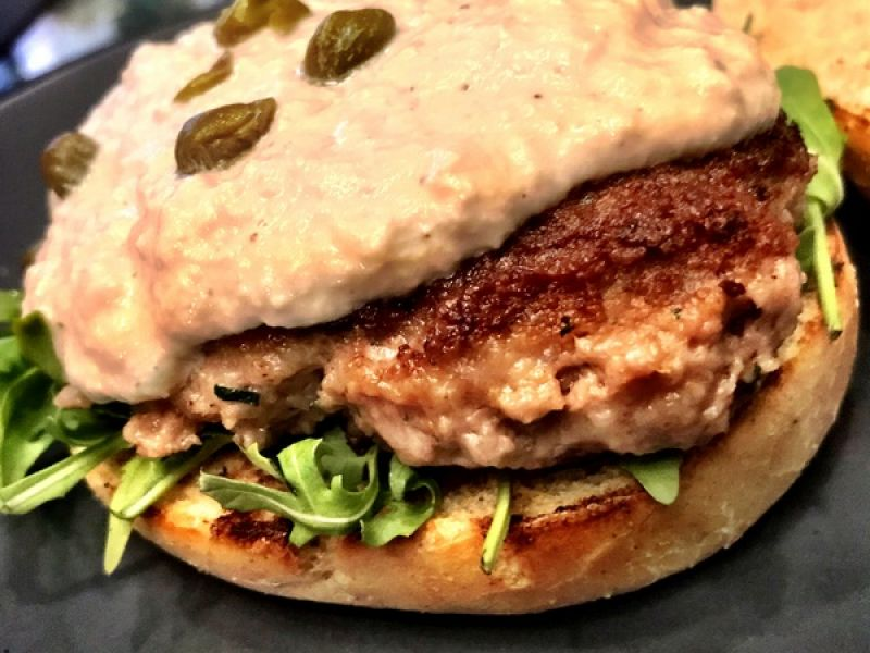 Hamburger Vitello-tonnato