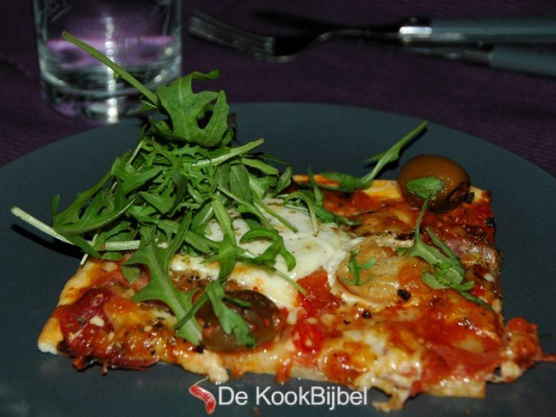 Pizza Prosciutto, Chorizo, Geitenkaas