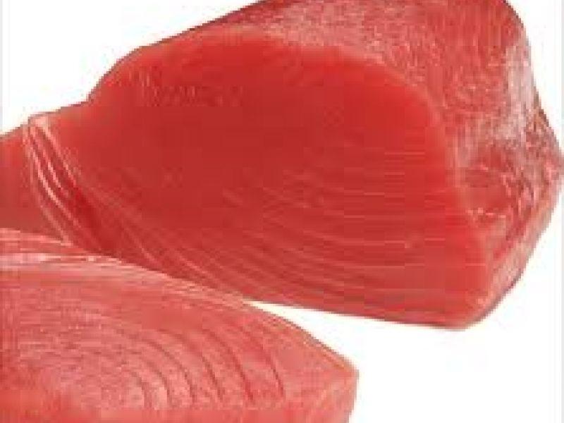 Lauwe salade met gebakken tonijn