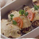 Aubergines gevuld met Mozzarella en gehakt