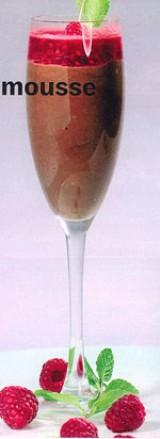 Chocoladelmousse met bier en frambozen