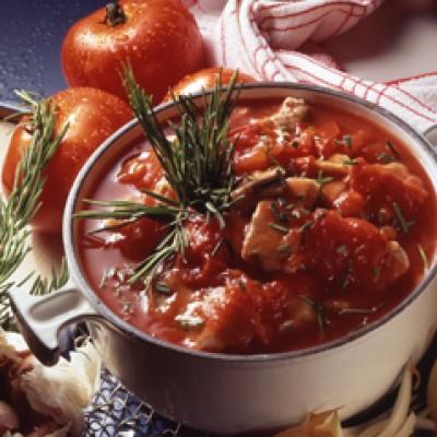 Kalfsfricassee met tomaten en rozemarijn