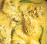 Kipcurry uit Kerala (Kerala kozhi estew)