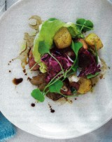 Lauwe salade met oesterzwammen en gebakken spek