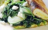 Omelet met spinazie, courgettes en geitenkaas
