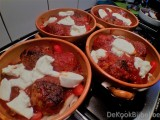 Penne al forno met gehaktballen en mozzarella