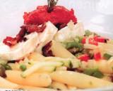 Koude pastasalade met spekblokjes en geitenkaas