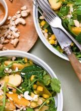 Lentesalade met aardappelen en zuiders fruit