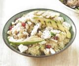Salade met quinoa, feta en noten