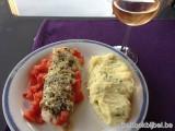 Schelvis met kruidenkorst en tomaat
