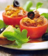 Gevulde tomaatjes met tonijn en Pesto alla Calabrese