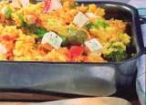 Vegetarische paella met groenten en feta
